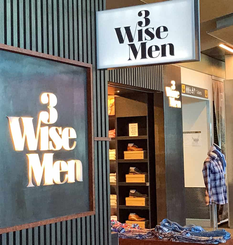 3 Wise Men logo, sign and shop in Wellington airport